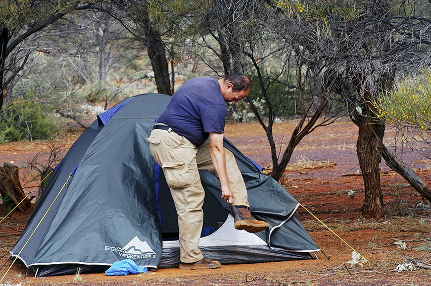 iStock_000078297991_Camping